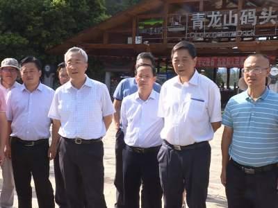 省政协副主席何波到丘北县视察湿地保护情况