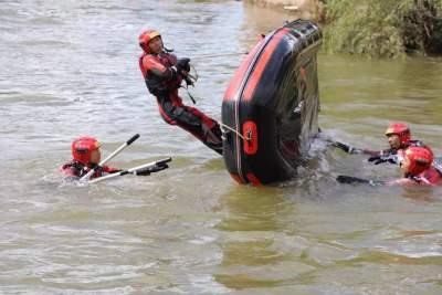 文山州消防救援支队水域救援综合演练在丘北县举行