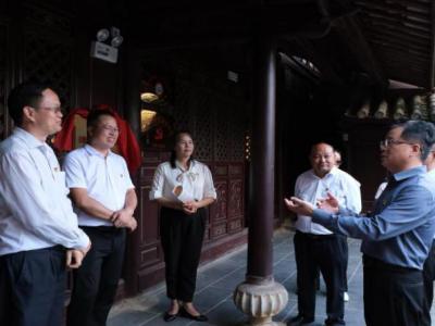 省委党史研究室调研组到丘北调研革命遗址保护利用工作