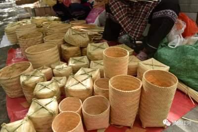 红河县:彝族篾匠传统老手艺 成为致富新门路