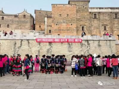 """【新时代文明实践】红河县志愿者:用心打通服务群众""""最后一公里"""""""