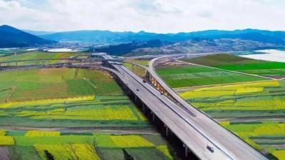 石泸高速已经正式通车 这些行车事项务必注意
