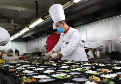 """【提醒】红河的餐饮经营者速看→""""七个达标""""新要求您做到了吗?"""
