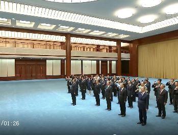 习近平带领党员领导同志重温入党誓词
