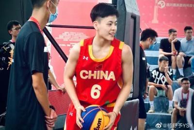 创造中国女篮历史!昆明女孩杨舒予,实力与颜值齐飞!