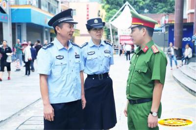 中国河口与越南老街沿边一市三县举行双边警务交流会谈