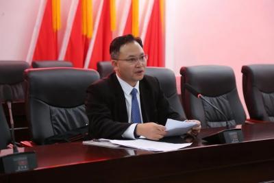如何学习贯彻县委十二届八次全会精神,瑶山乡党委书记李季这么说