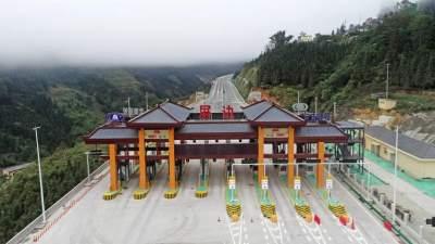 7月1日起,蒙屏高速将正式通车收费运营!