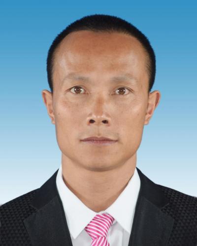 扎根一线育桃李   ——河口县第二中学教师韦美江