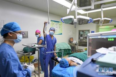 从云南出发紧急驰援!中国援老挝抗疫医疗专家组战疫日记