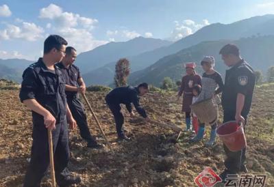 警民情深 探寻云南这个边境派出所扶贫路上的脚印