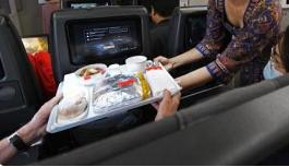 明年起国内航班停止提供一次性不可降解塑料制品