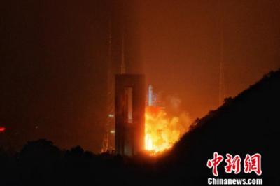 中国成功发射天链一号05星 第一代数据中继系列卫星圆满收官