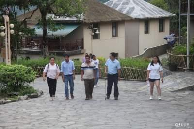 金平县党校深入开展课题调研