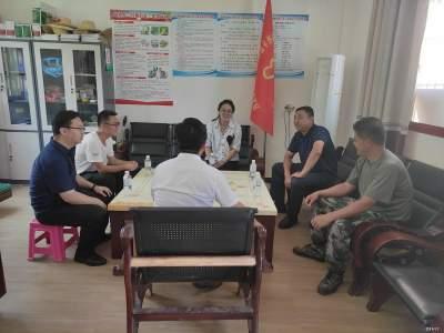 泸西县委常委、县委组织部部长曾云梅到勐桥乡开展慰问活动