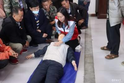 为民办实事——沙依坡乡开展应急救护知识培训
