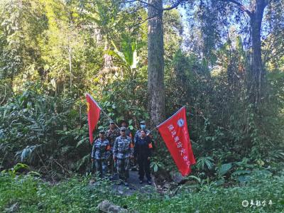 勐拉镇巾帼志愿服务队助力抗疫一线